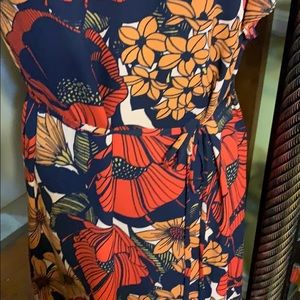 LOFT Dresses - 🔥2 for $20 Loft Beautiful Red and Navy Dress MP